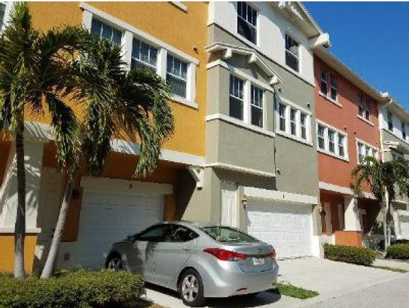 1717 Borrego Way 4 West Palm Beach, FL 33401 photo 2