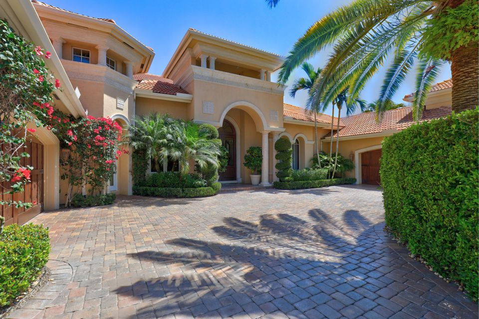 129 Via Palacio , Palm Beach Gardens FL 33418 is listed for sale as MLS Listing RX-10425411 139 photos