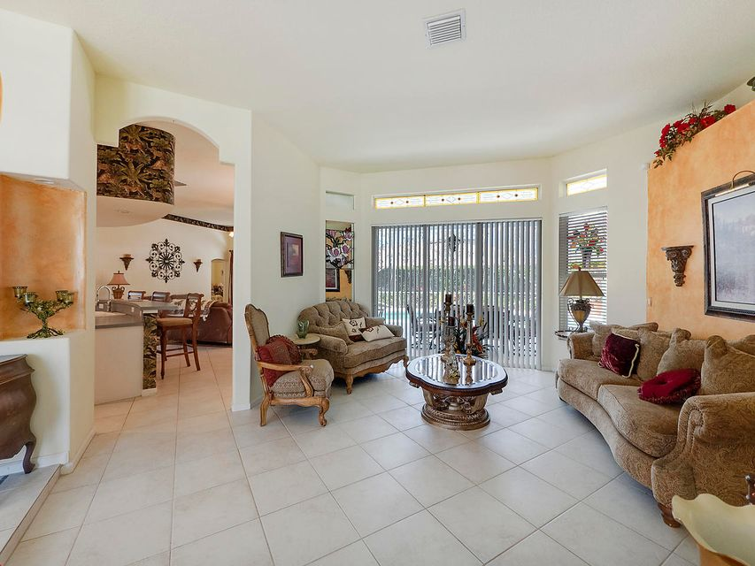 259 Ponderosa Court Royal Palm Beach, FL 33411 photo 8