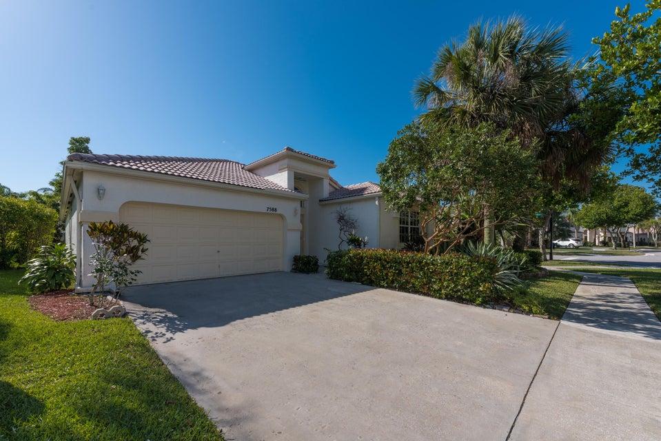 7588 Rockport Circle Lake Worth, FL 33467 photo 2