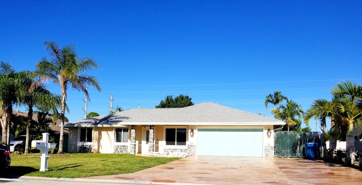 Home for sale in Wiilows Royal Palm Beach Florida