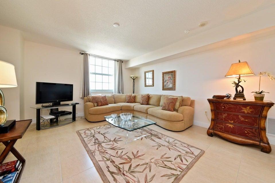 610 Clematis Street 600 West Palm Beach, FL 33401 photo 3
