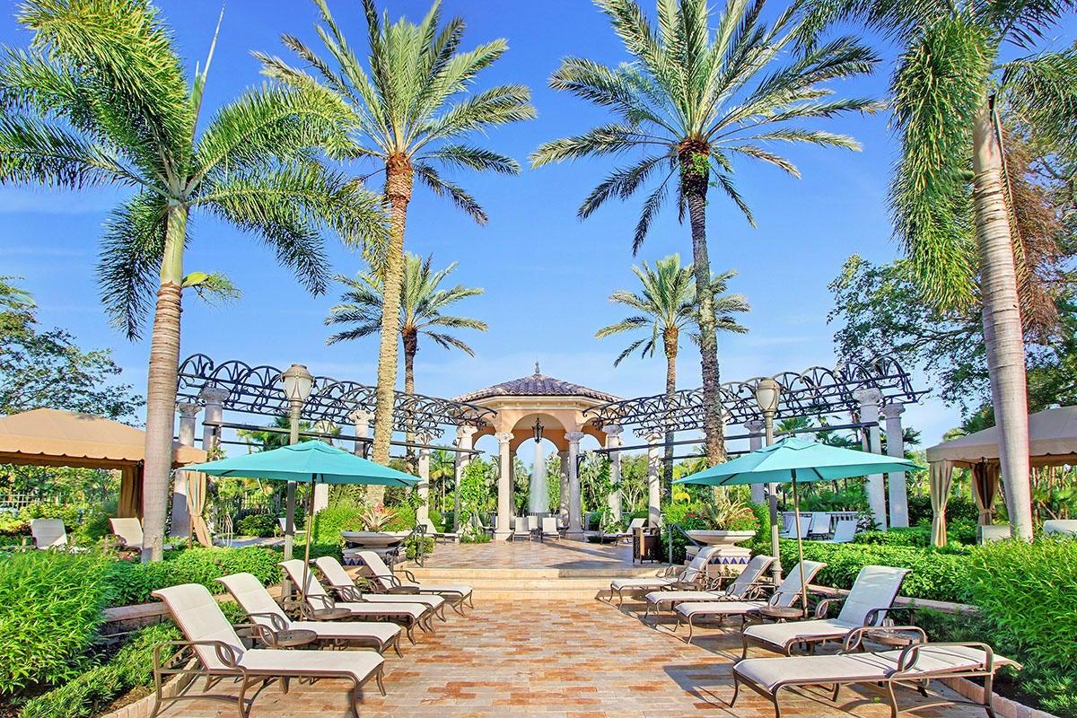 215  Via Palacio  , Palm Beach Gardens FL 33418 is listed for sale as MLS Listing RX-10422943 photo #33