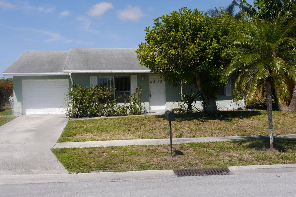 Home for sale in HOMES OF LEES CROSSING Lake Worth Florida
