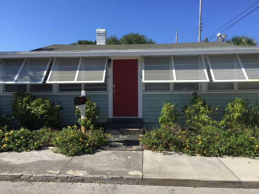 214 2nd Avenue  Lake Worth, FL 33460