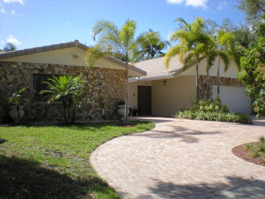 81 SW 14th Avenue  Boca Raton FL 33486
