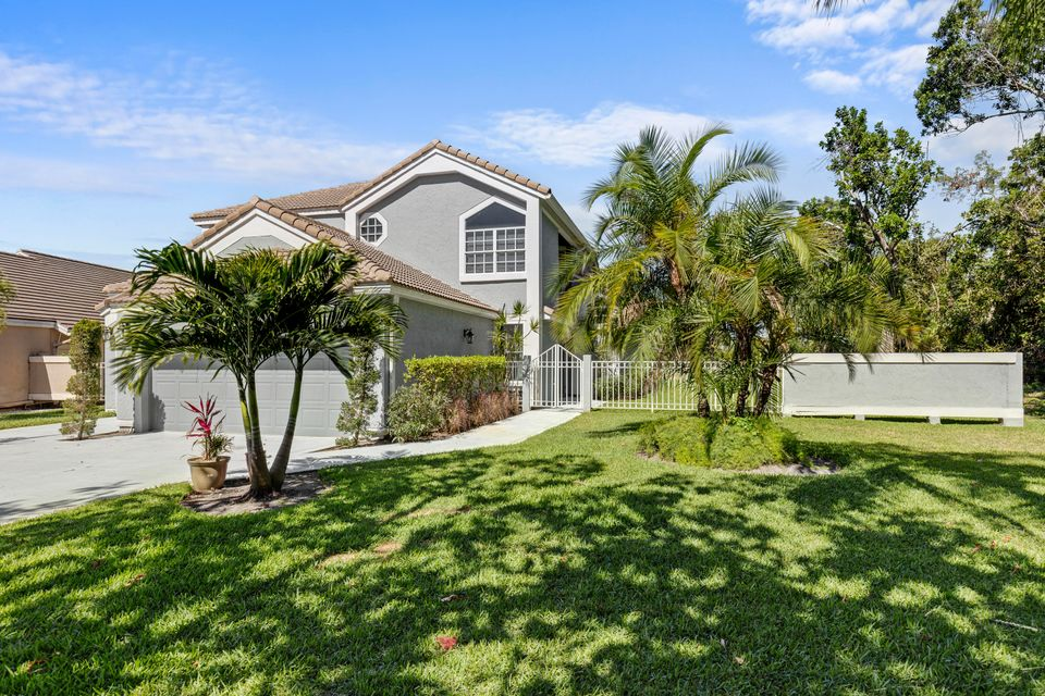 13901 Palm Grove Place Palm Beach Gardens, FL 33418 - MLS#RX-10424853