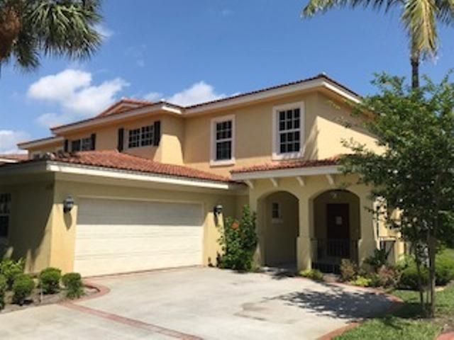 Photo of 119 Owl Pointe Circle, Jupiter, FL 33458