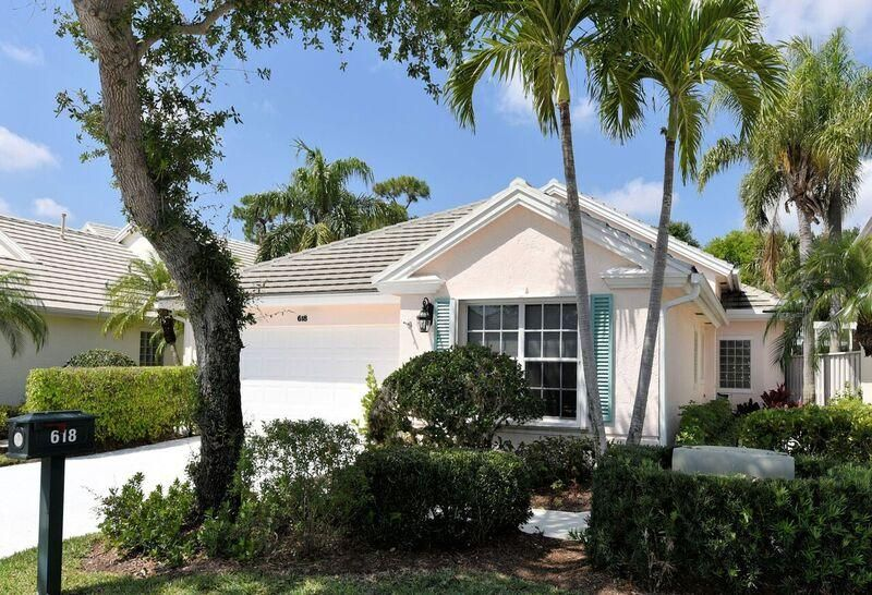 618 Masters Way , Palm Beach Gardens FL 33418 is listed for sale as MLS Listing RX-10425101 16 photos