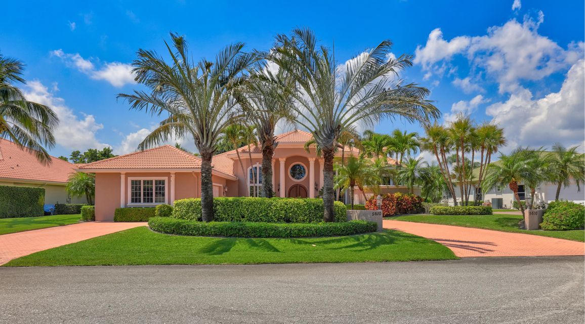 5610 Tamberlane Circle , Palm Beach Gardens FL 33418 is listed for sale as MLS Listing RX-10424863 39 photos