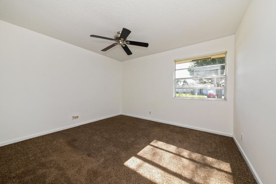 158 Cordoba Circle Royal Palm Beach, FL 33411 photo 8