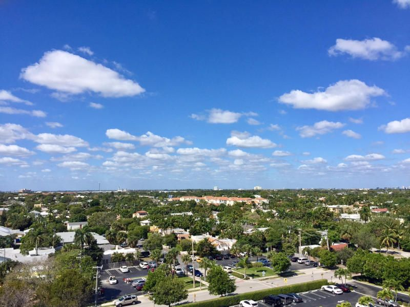 HARBOR TOWERS & MARINA WEST PALM BEACH REAL ESTATE