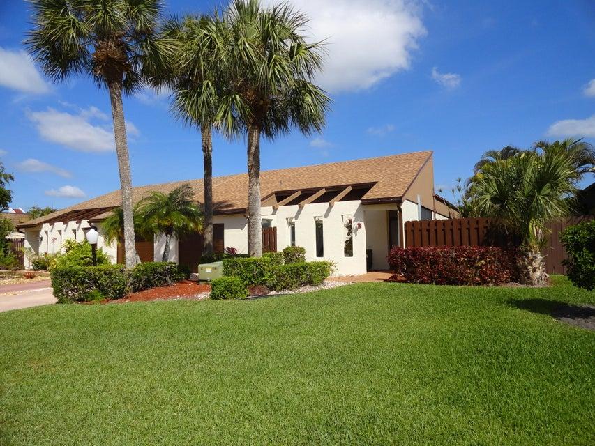 6767 Starkeys Place Lake Worth, FL 33467 photo 1