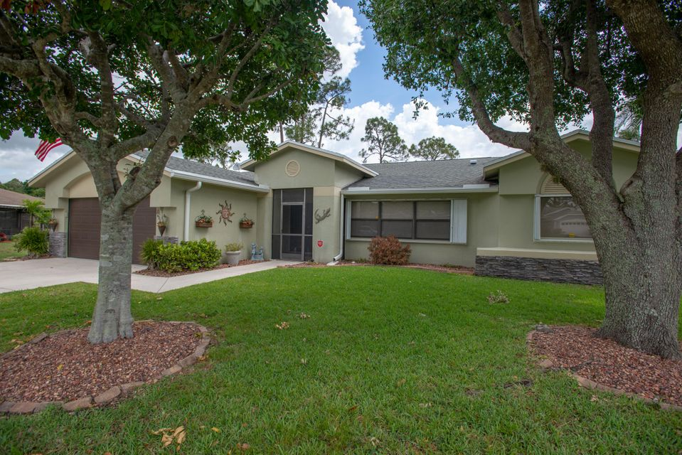 110 Lexington Drive Royal Palm Beach, FL 33411 photo 22