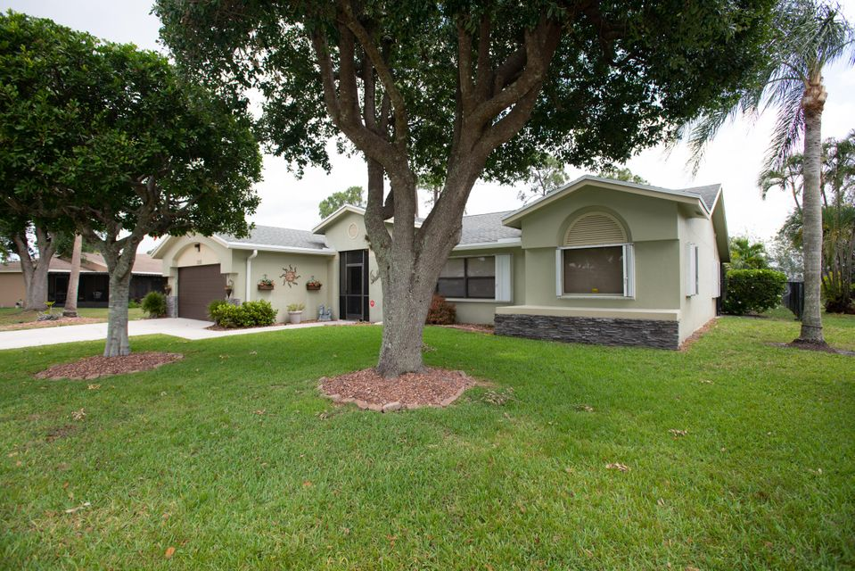 110 Lexington Drive Royal Palm Beach, FL 33411 photo 31