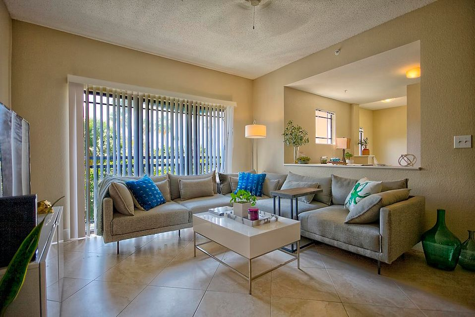 2917 Tuscany Court 101 , Palm Beach Gardens FL 33410 is listed for sale as MLS Listing RX-10425773 13 photos