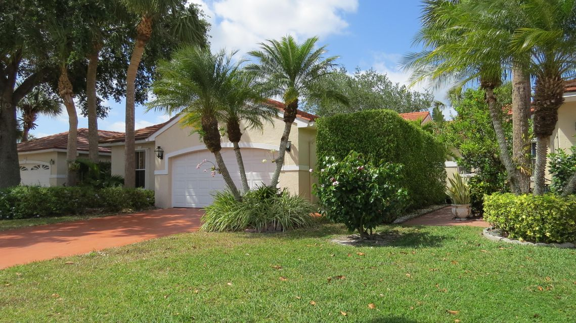 2663 Country Golf Drive  Wellington FL 33414