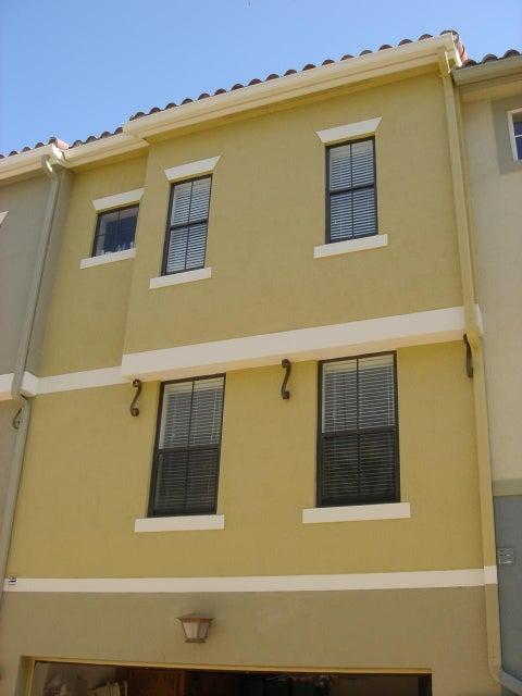 675 Hibiscus Street West Palm Beach, FL 33401 photo 6