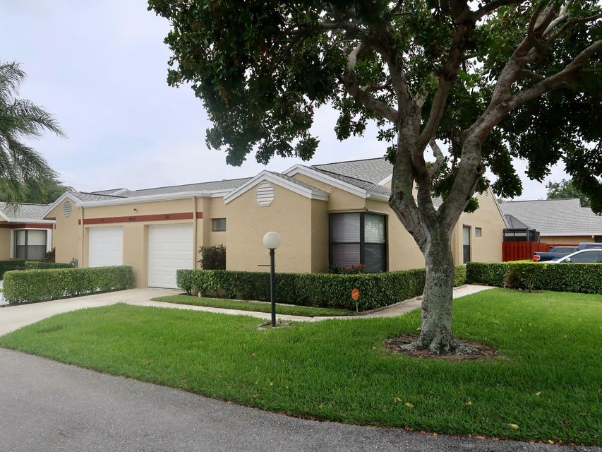 Home for sale in LAKESIDE GREEN 8 West Palm Beach Florida
