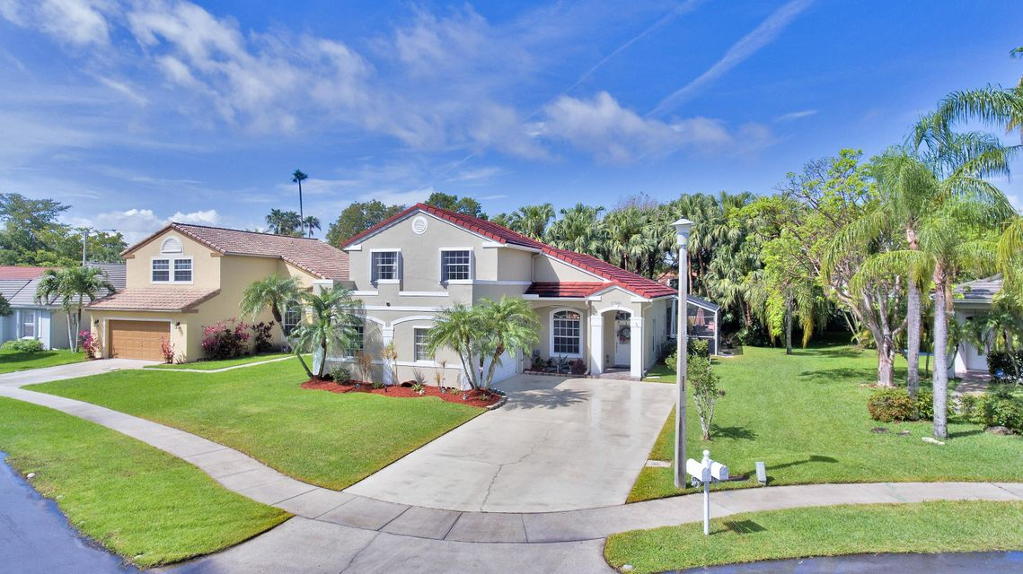 Home for sale in SILVER LAKES AT PEMBROKE PINES Pembroke Pines Florida