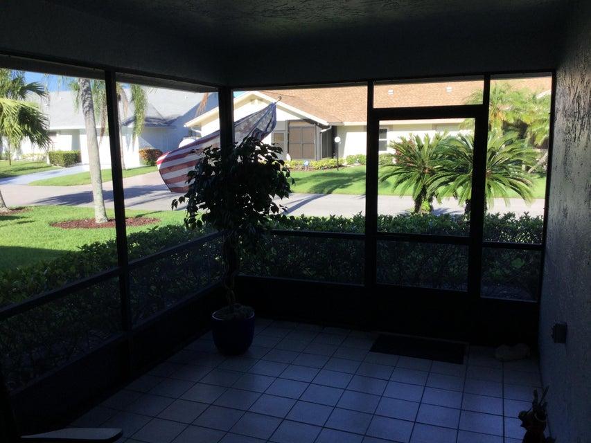 5256 Crystal Anne Drive West Palm Beach, FL 33417 photo 2