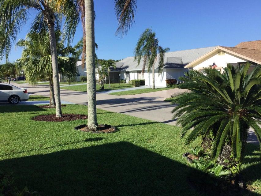 5256 Crystal Anne Drive West Palm Beach, FL 33417 photo 5