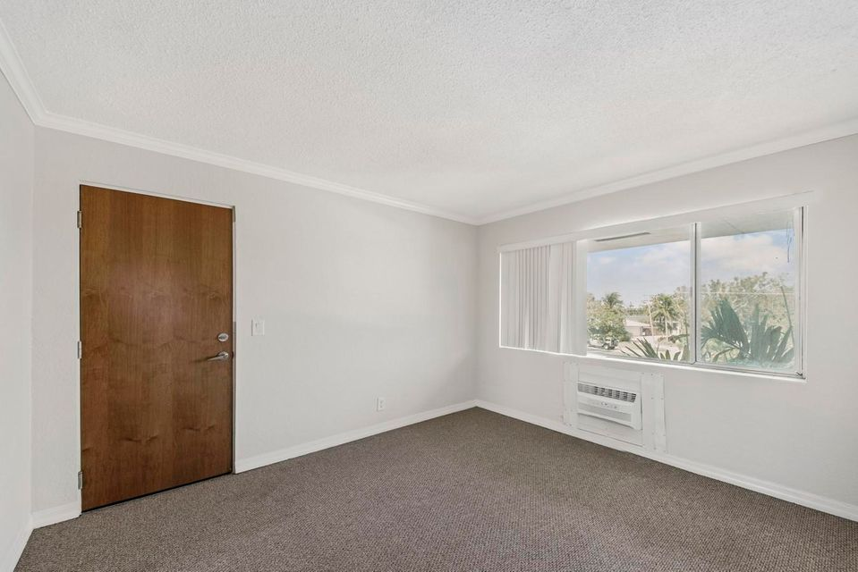 3220 Bayview Drive Fort Lauderdale, FL 33306 - photo 12