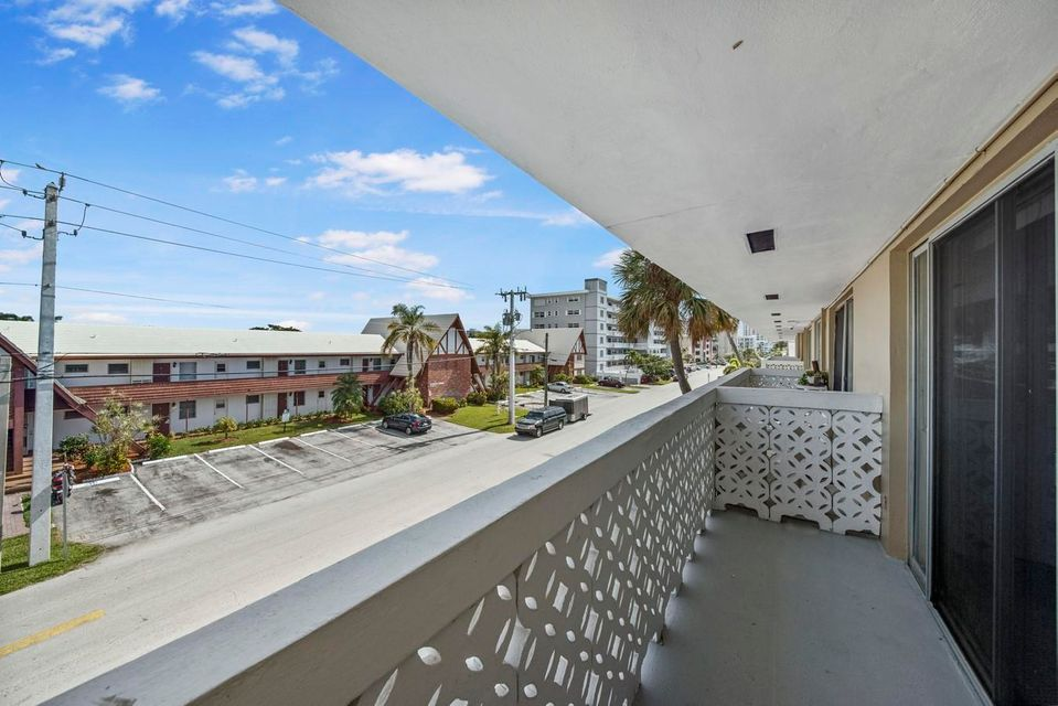 3220 Bayview Drive Fort Lauderdale, FL 33306 - photo 14
