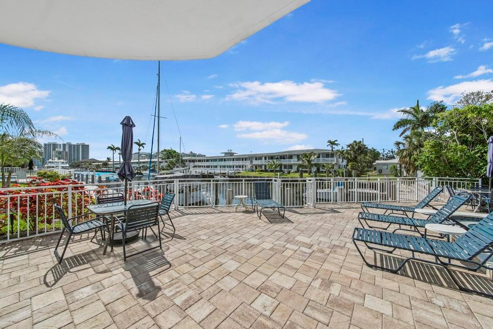 3220 Bayview Drive Fort Lauderdale, FL 33306 - photo 19