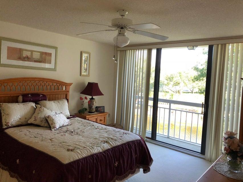 2401 Village Boulevard 303 West Palm Beach, FL 33409 photo 5