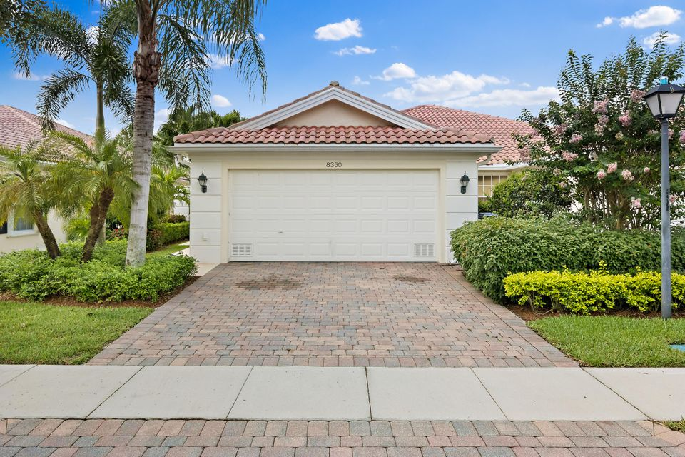 8350 Saint Johns Street  Wellington, FL 33414