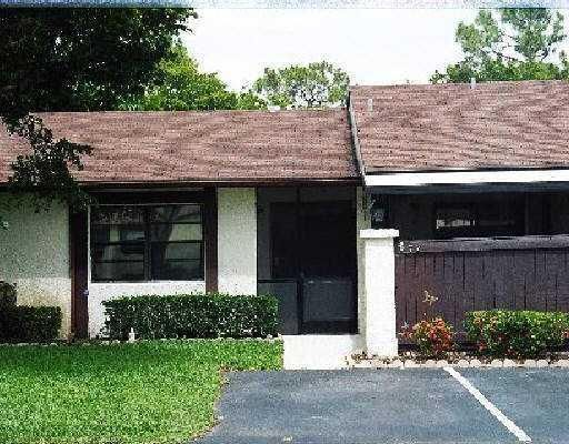 77 Westecunk Drive  Royal Palm Beach, FL 33411