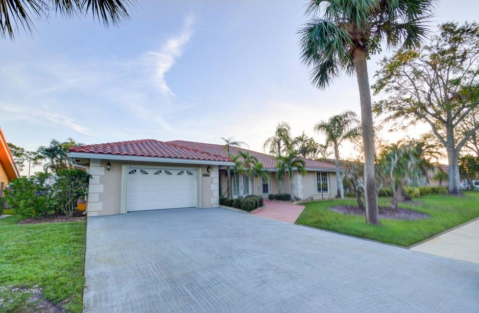 14278 Paddock Drive - Wellington, Florida