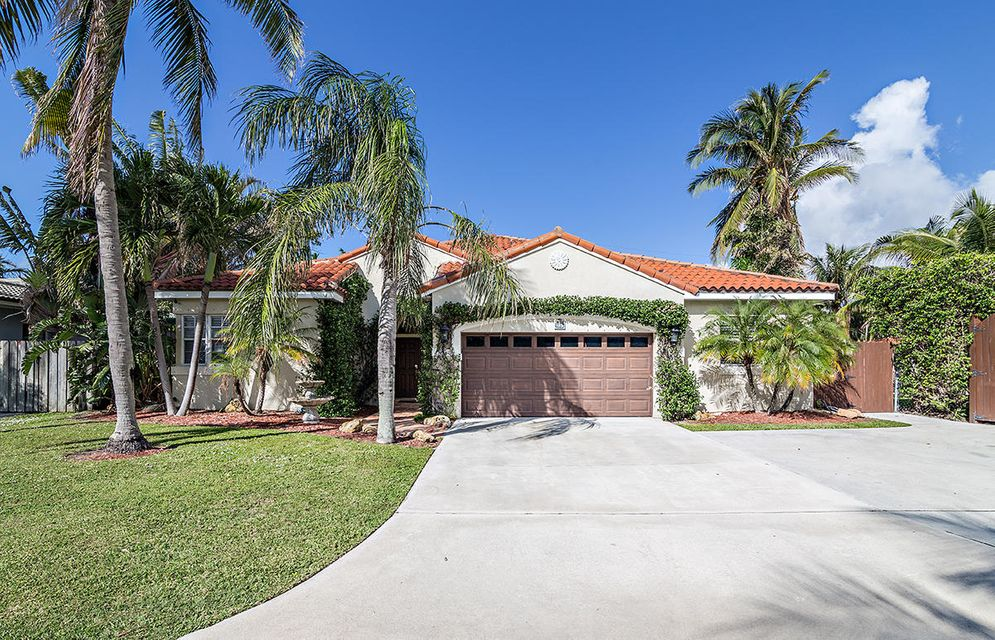 Home for sale in BURNUP & SIMS ESTS IN West Palm Beach Florida