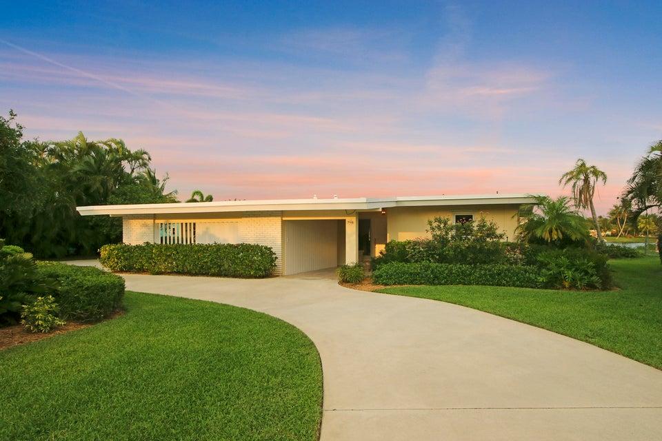 7128 W Lake Drive  West Palm Beach, FL 33406