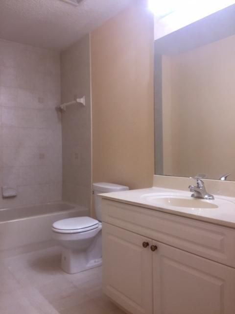144 Weybridge Circle D Royal Palm Beach, FL 33411 small photo 12