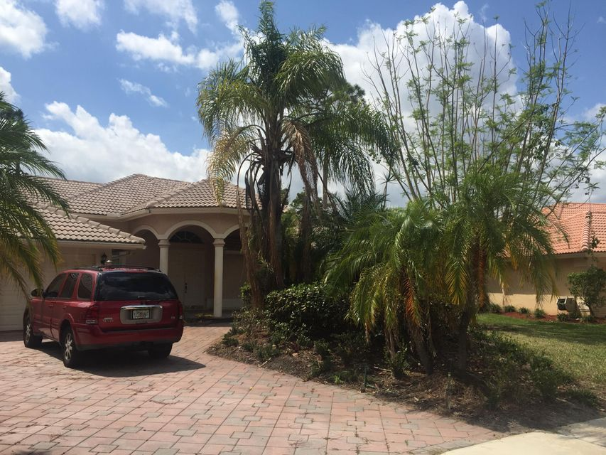 941 Cedar Cove Road  Wellington, FL 33414