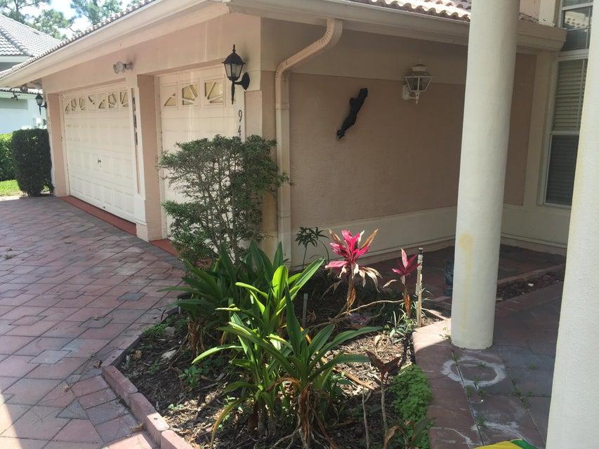 941 Cedar Cove Road Wellington, FL 33414 photo 3