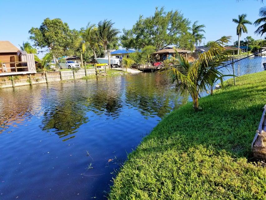 3267 Sapphire Road  Lake Worth, FL 33462