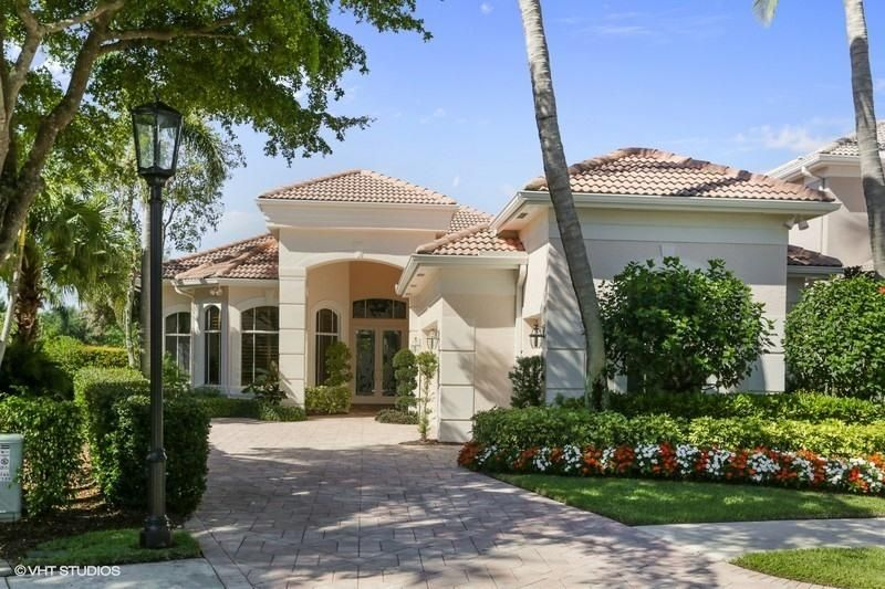 127 Island Cove Way , Palm Beach Gardens FL 33418 is listed for sale as MLS Listing RX-10425640 22 photos