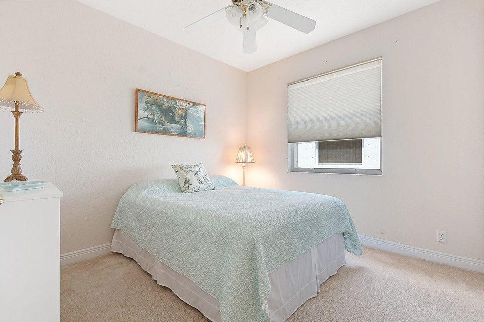 6680 Oakmont Way West Palm Beach, FL 33412 photo 20
