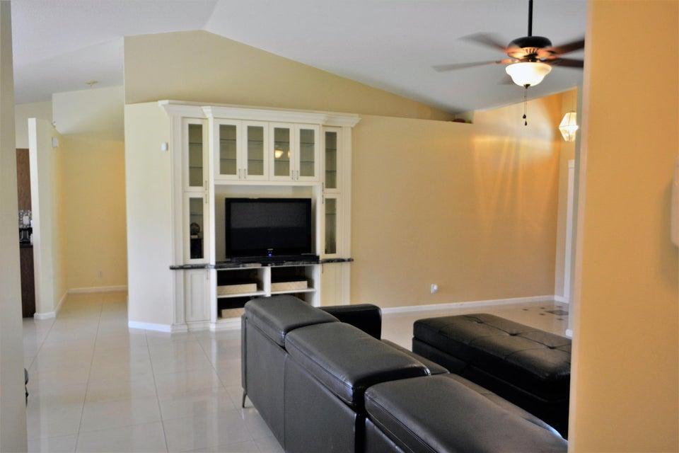 236 Park Road Royal Palm Beach, FL 33411 photo 5