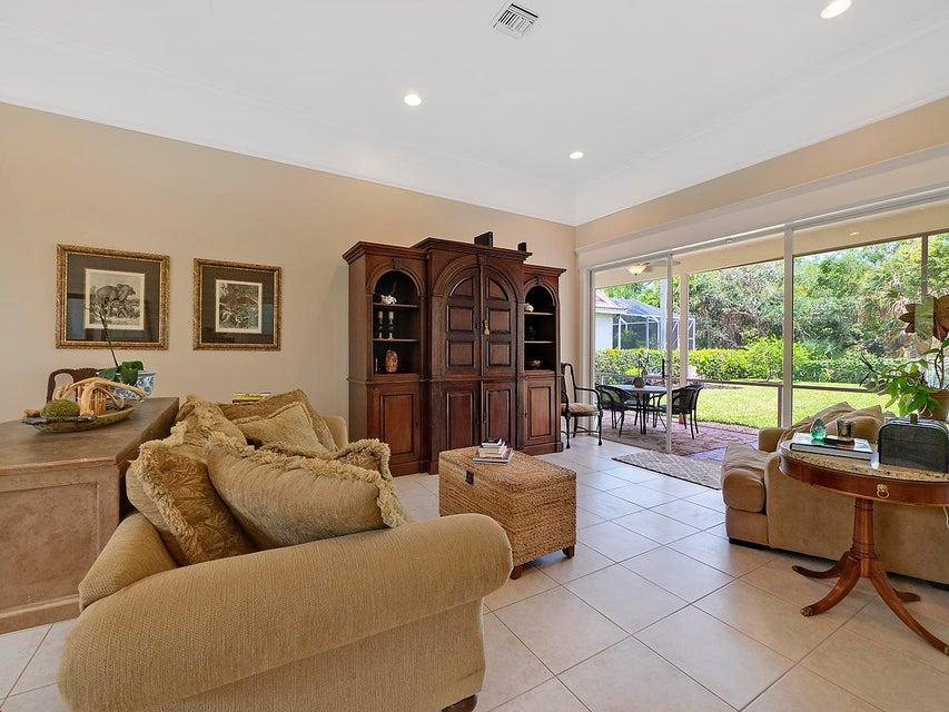 145 Oakwood Ln, Palm Beach Gardens, FL 33410 Home for Sale | Search ...