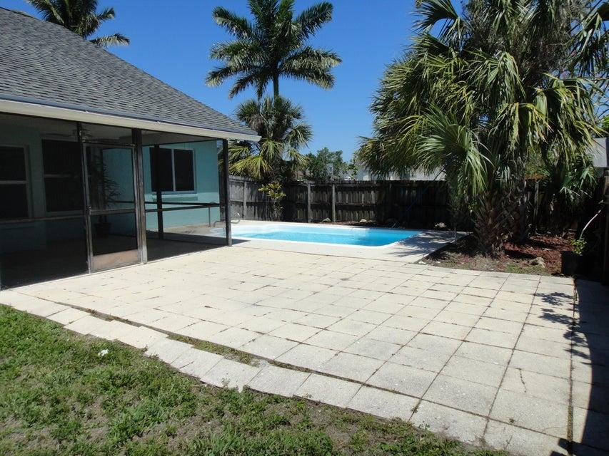 133 W Royal Pine (New Photos) Circle Royal Palm Beach, FL 33411 photo 13