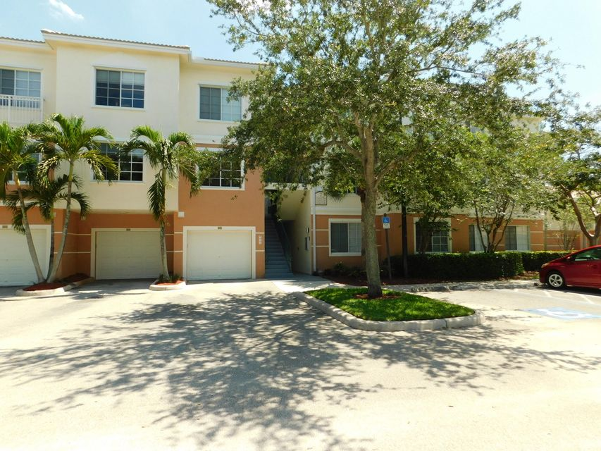 7307 Myrtlewood Circle , Palm Beach Gardens FL 33418 is listed for sale as MLS Listing RX-10427242 37 photos
