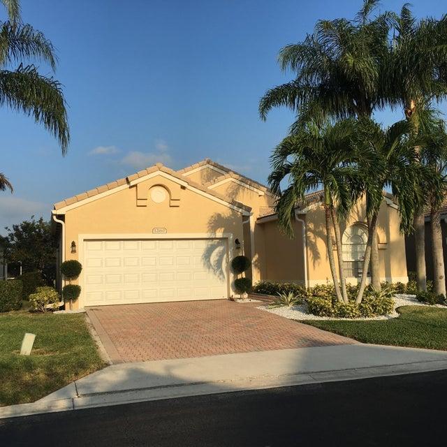 Home for sale in Estates Of Westchester Boynton Beach Florida