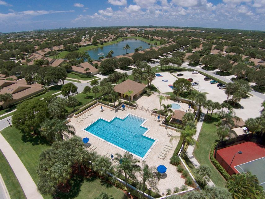 Photo of  Jupiter, FL 33477 MLS RX-10427757