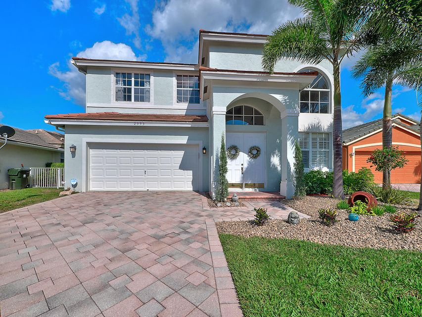 2393 Country Golf Drive  Wellington, FL 33414