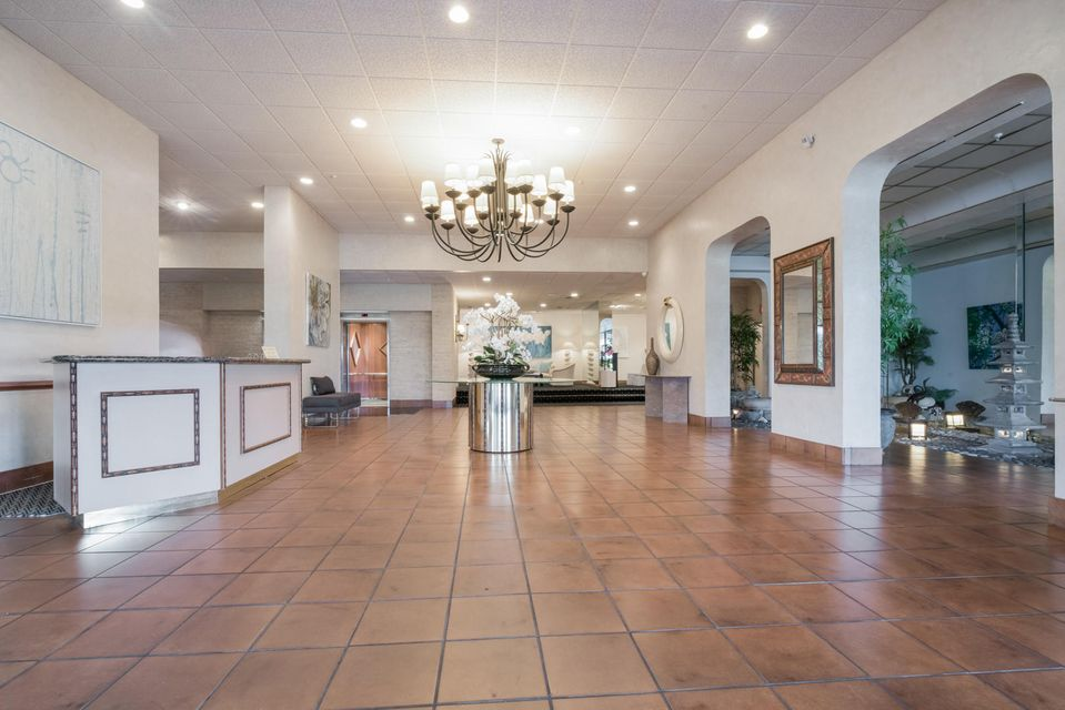 1900 Consulate Place 606 West Palm Beach, FL 33401 photo 24