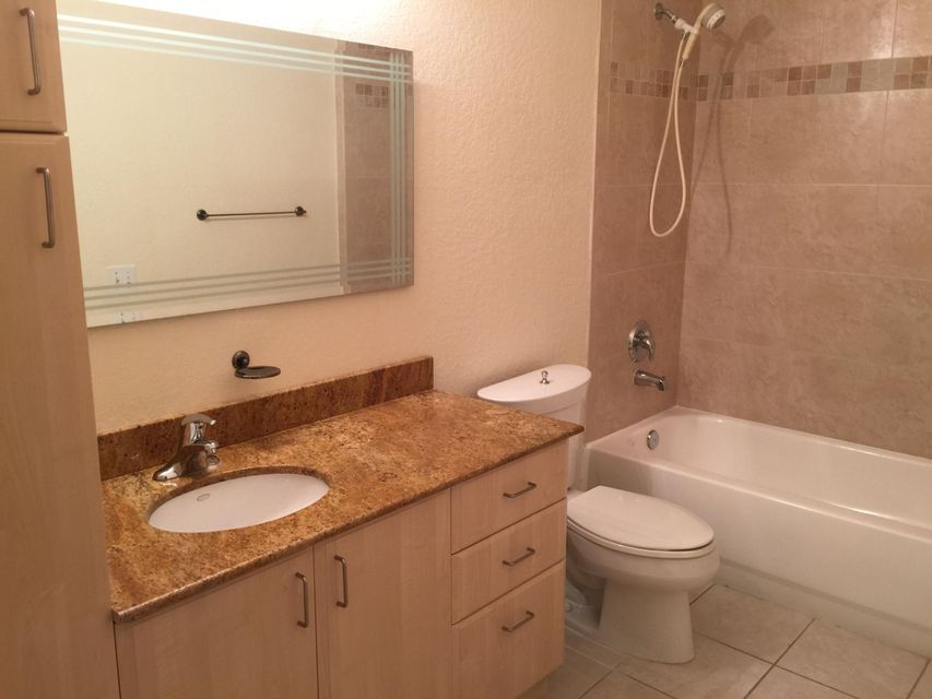 1610 Presidential Way B-305 West Palm Beach, FL 33401 photo 21